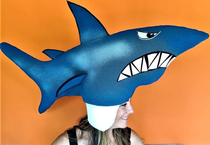 gorros de gomaespuma tiburon